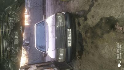 Реклама на авто Мерседес Mercedes-Benz 1988 в г. Харьков - пробег 1500-2000 км/мес
