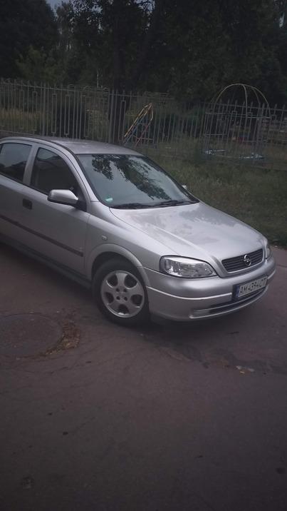 Реклама на авто Опель 2000 в г. Киев - пробег 500-1000 км/мес