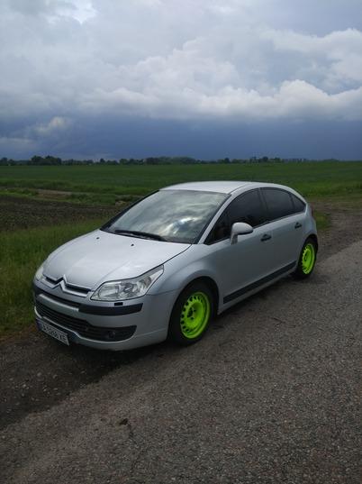 Реклама на авто Ситроен С4 2005 в г. Киев - пробег 2000-3000 км/мес