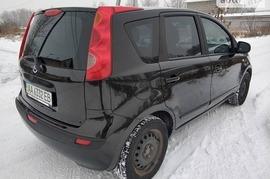 Реклама на авто Ниссан Nissan Note 2007 в г. Киев - пробег 500-1000 км/мес